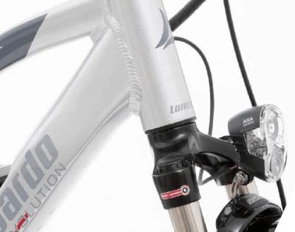 Lombardo eRoma 5.0 Trekking 2018: vista dettagli anteriori come il fanale a led